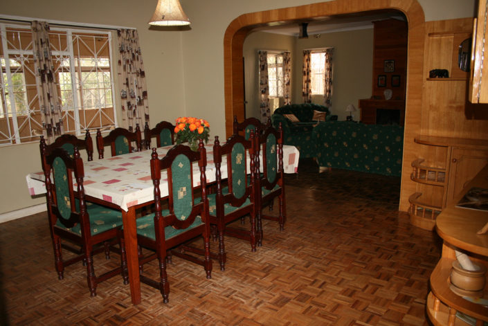 Guest House - Dining Area