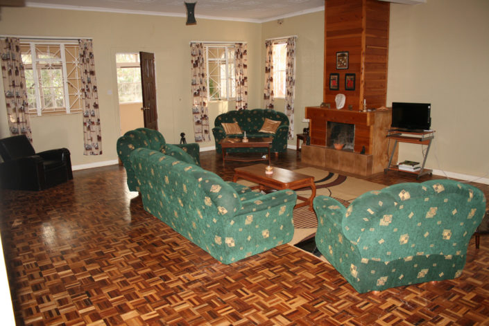 Guest House - Living Room